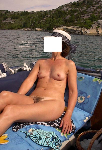 Pic #4 - Sexy Wife First Time.