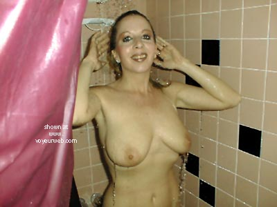 Pic #3 - Mens Room Flasher Girl