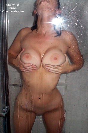 Pic #4 - *PTU 22 yo College GF in the shower!