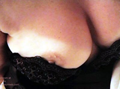 Pic #3 - Loves      to tease