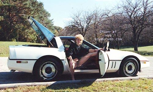 Pic #2 - Little White Corvette (BLUR EYES)