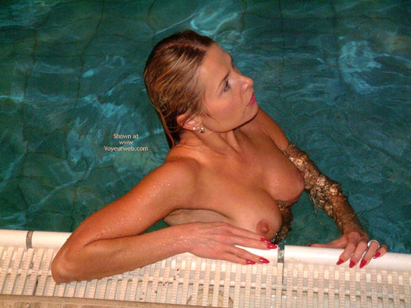 Pic #4 - Relaxation Time In A Swiming Pool
