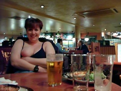 Pic #3 - Kelly      at the Bar