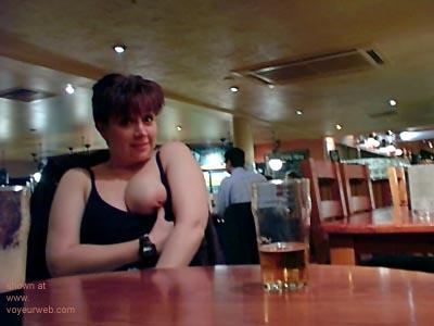 Pic #5 - Kelly      at the Bar