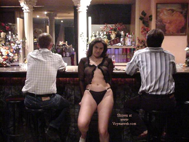 Pic #2 - Lara from Spain in the Pub