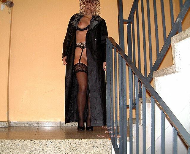 Pic #3 - Frau in Nylons Teil2