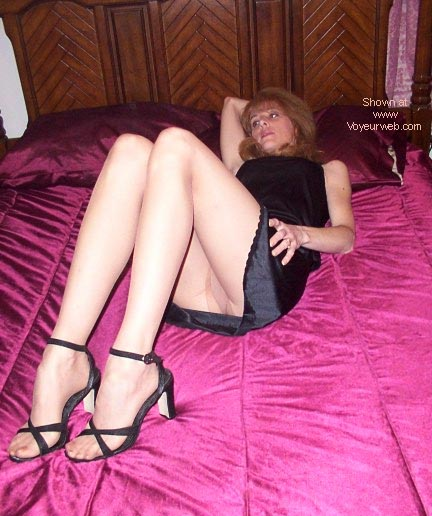 Pic #3 - Sexy 43 y/o Wife (Part-3)