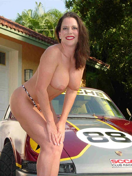 Pic #4 - Superlips And Her Porsche 1