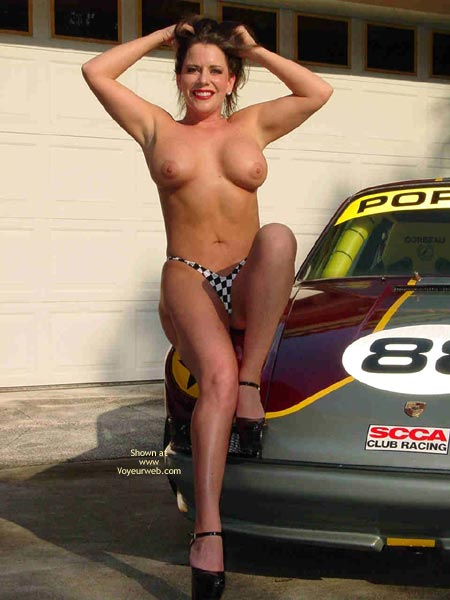 Pic #7 - Superlips And Her Porsche 1
