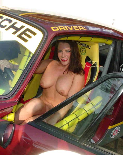 Pic #9 - Superlips And Her Porsche 1