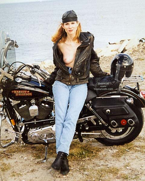 Pic #4 - Motorcycling With Stef