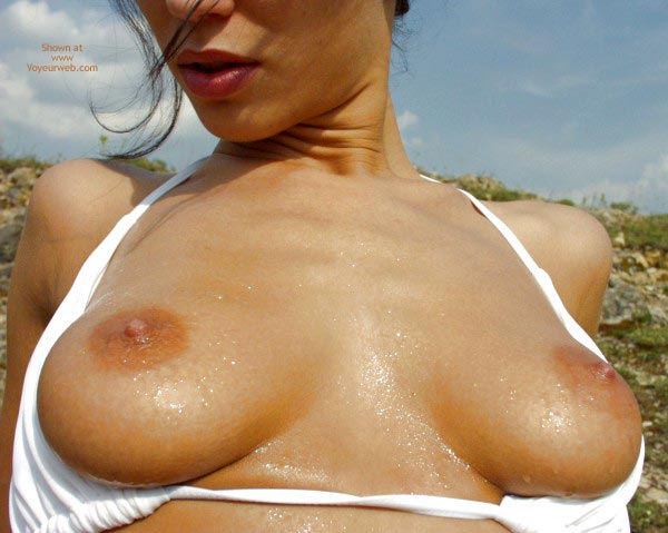 Pic #3 - Angelina'S Wet Tits 2
