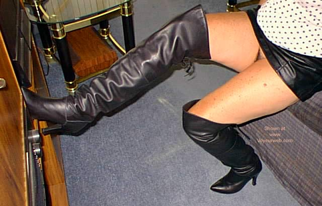 Pic #4 - Ghenny's Boots and Mini Skirts