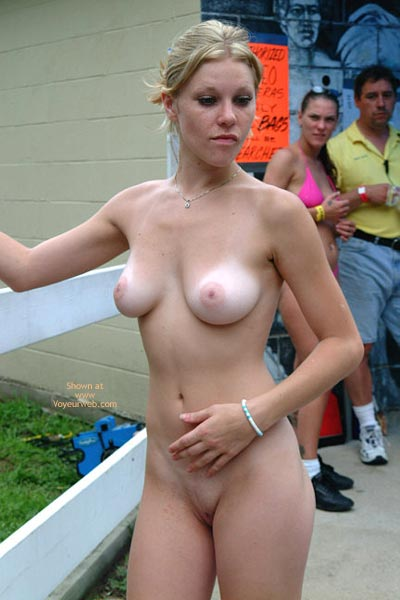 Pic #3 - Nudes A Poppin Sights