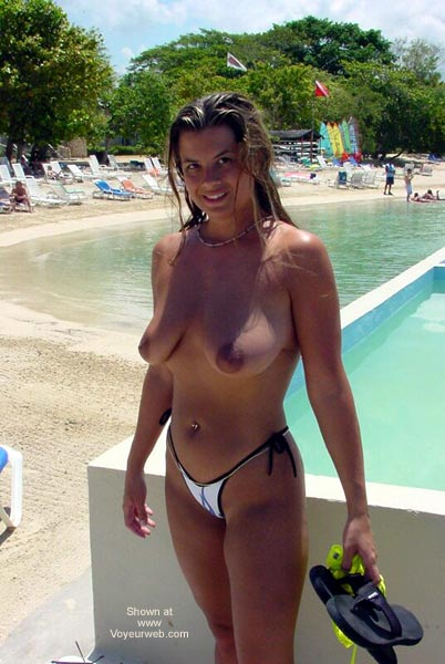 Pic #1 - Nikki Plays in The Tropical Sun