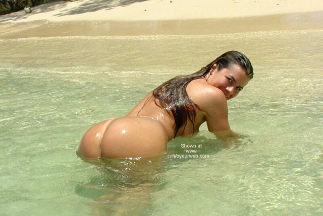 Pic #7 - Nikki Plays in The Tropical Sun