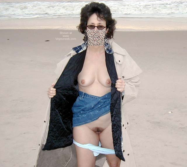 Pic #6 - Northeast Wife - At The Beach 1