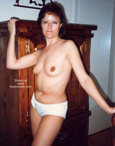 Pic #6 - Sue Topless