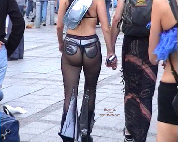 Pic #2 - LoveParade 2001 In Berlin 24