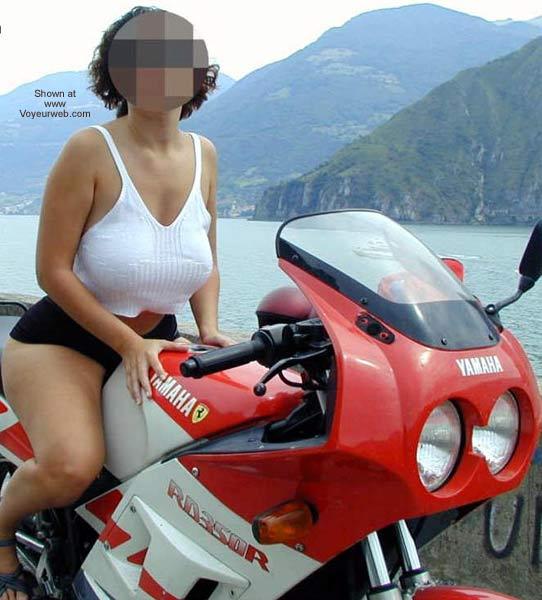 Pic #1 - Tiziana in Moto