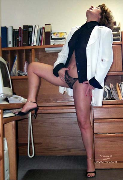 Pic #3 - Sweet Cheeks UnDressed For Success