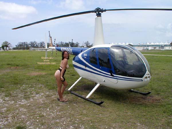 Pic #6 - Miami Latina Still Nude in Public 2