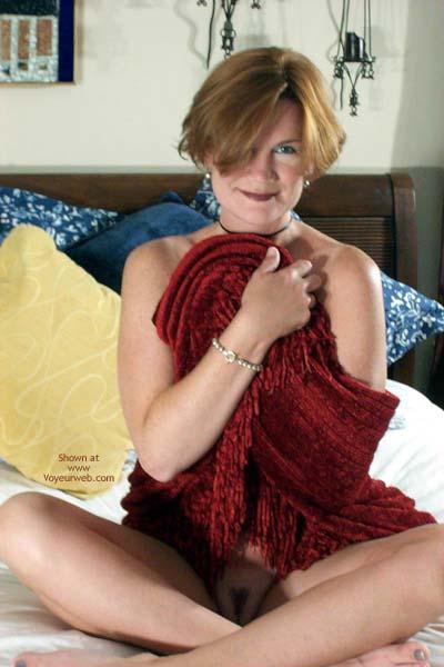 Pic #9 - Carolina Bi Babe's Red Shawl