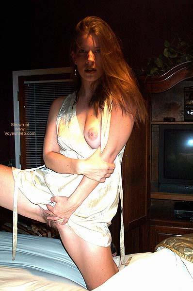 Pic #8 - Pamela Gets Frisky