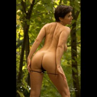 Hot Mature Woman In Woods - Milf, Naked Girl, Nude Amateur