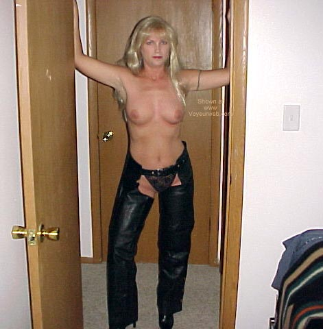 Pic #1 - Sexy Wife Again