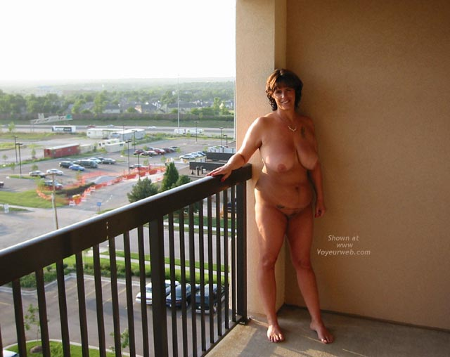 Pic #6 - Tammy at The Hotel