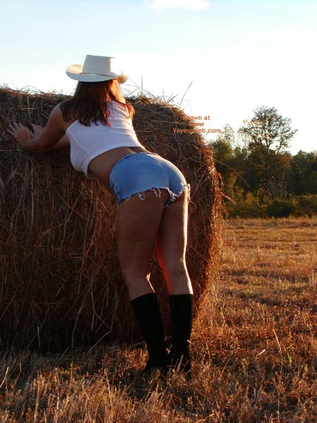 Pic #3 - Soo Hot N The Hay