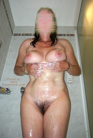 Pic #2 - 42 yo UK Girlfriend