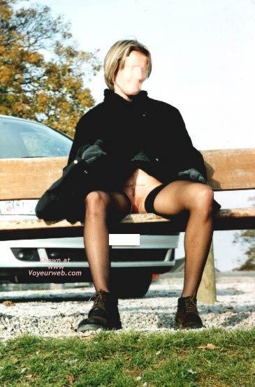 Pic #4 - Lisa Outside