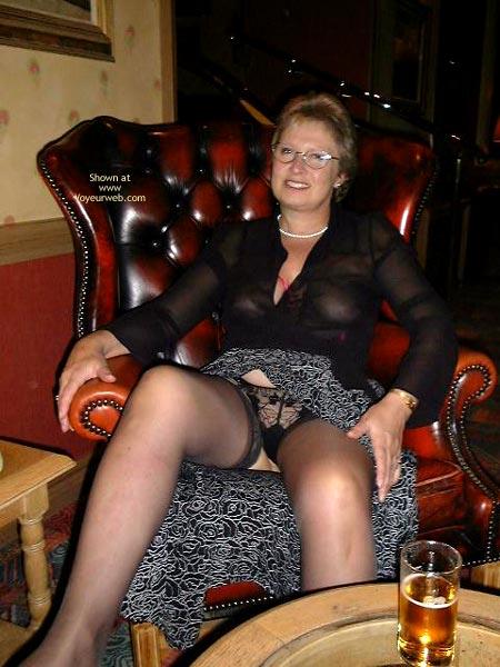 Pic #2 - Sammy - Bar in The Bar