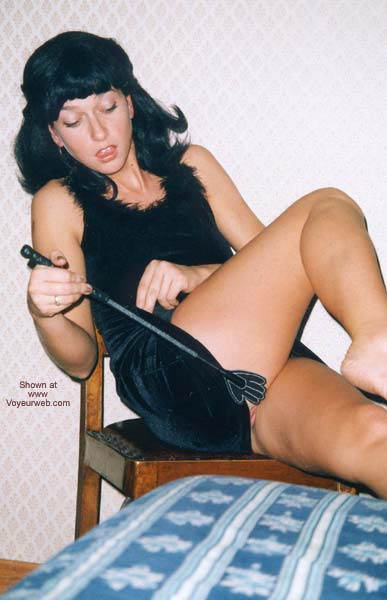 Pic #2 - Selvaggia and a Black Wig
