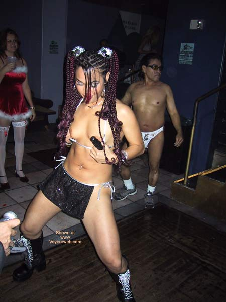 Pic #2 - Naughty Asian Gurl At a Club!