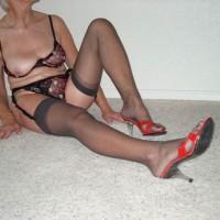 Sexy Mature Lady 2