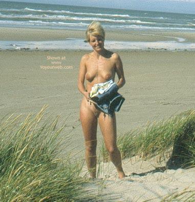 Pic #2 - Enna - A Windy Beach