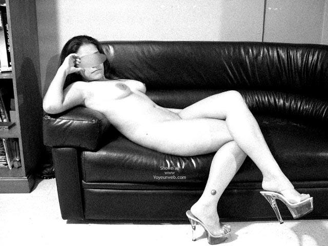 Pic #3 - Camila En Blanco Y Negro