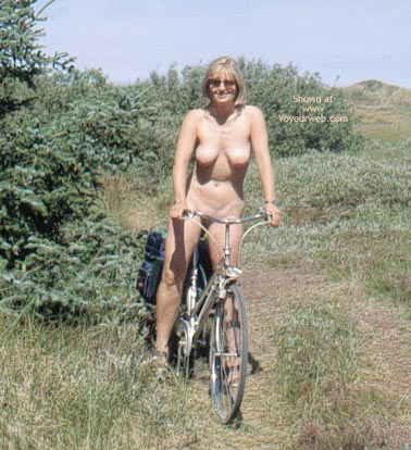 Pic #2 - Enna in The Dunes