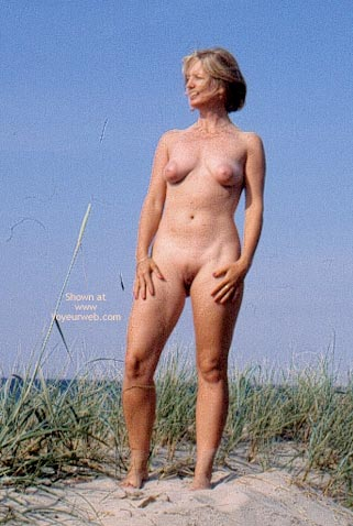 Pic #6 - Enna in The Dunes
