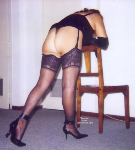 Pic #1 - Dressing For a Party