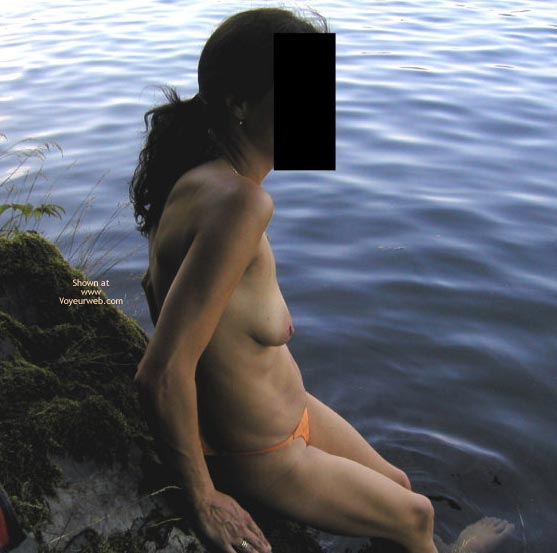 Pic #2 - 41 yo Sexy Mother Outdoors