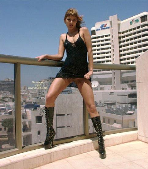 Pic #3 - Hot Day in Tel Aviv