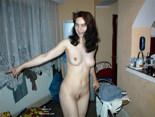 Pic #5 - Naked Wife Diana