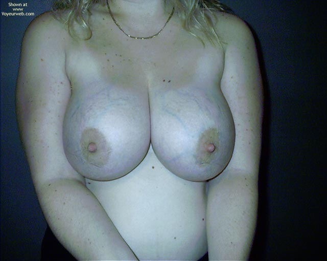 Pic #4 - Young Busty Wife