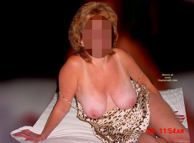 Pic #6 - Recap Of Strippimg 48 Yr Ol Wife