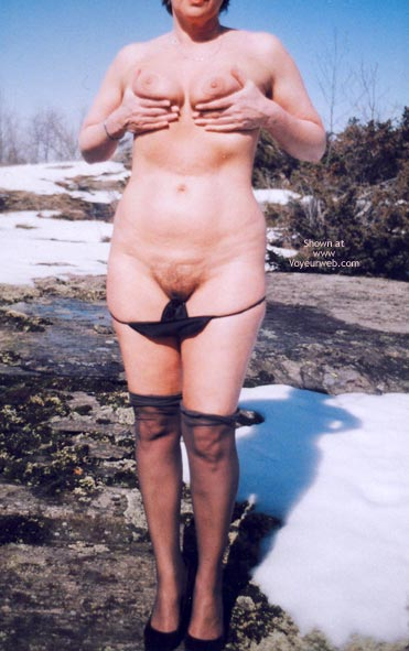 Pic #10 - Mrs.Cleaver Stripping In The Snow 1