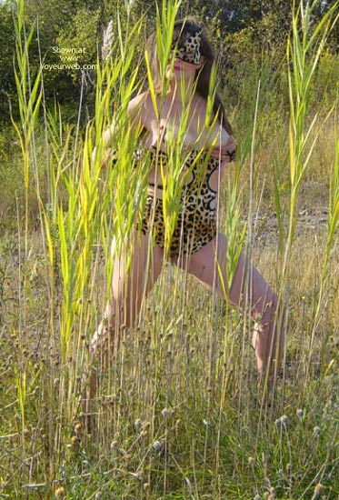 Pic #8 - *Tw  Farrah Pussycat In Great Outdoors